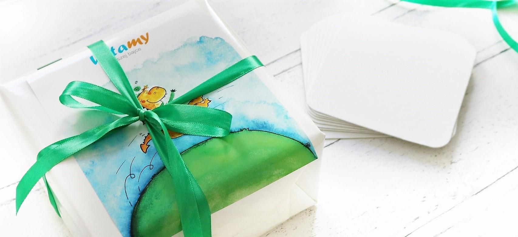 Książka na prezent, opakowanie